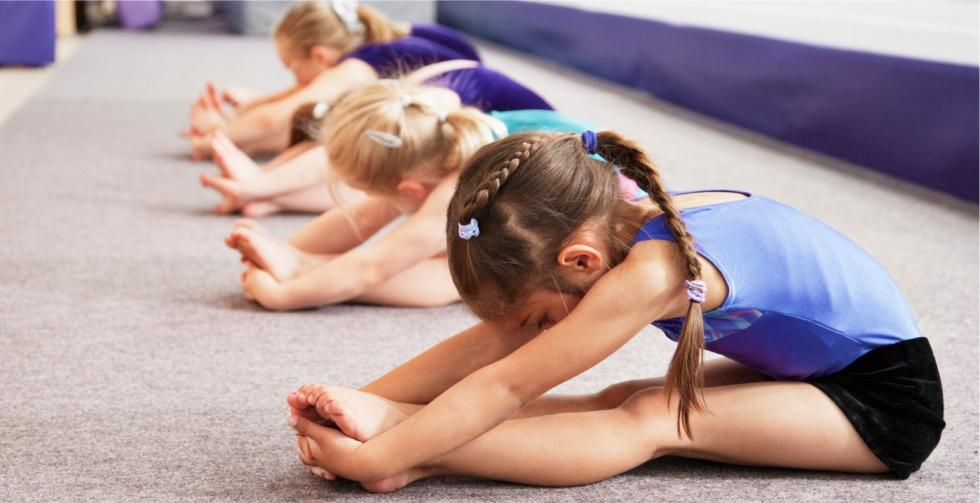 <h1>приглашаем девочек и мальчиков от 3,5 лет на занятия в группу растяжки</h1>Тел. 72-09-76, 91-02-47